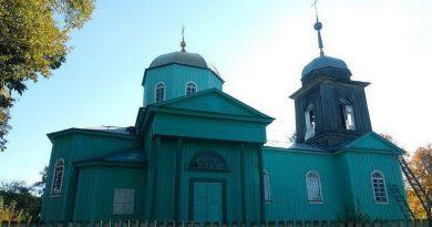 Под Киевом священники ПЦУ захватили храм Киевского патриархата и избили представителей Филарета Читайте подробнее: http://hub1news.com/%d0%bf%d0%be%d0%b4-%d0%ba%d0%b8%d0%b5%d0%b2%d0%be%d0%bc-%d1%81%d0%b2%d1%8f%d1%89%d0%b5%d0%bd%d0%bd%d0%b8%d0%ba%d0%b8-%d0%bf%d1%86%d1%83-%d0%b7%d0%b0%d1%85%d0%b2%d0%b0%d1%82%d0%b8%d0%bb%d0%b8-%d1%85/