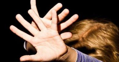Женщина устроила кровавую бойню на Львовщине: «Не пощадила даже ребенка», страшные подробности Читайте подробнее: http://hub1news.com/%d0%b6%d0%b5%d0%bd%d1%89%d0%b8%d0%bd%d0%b0-%d1%83%d1%81%d1%82%d1%80%d0%be%d0%b8%d0%bb%d0%b0-%d0%ba%d1%80%d0%be%d0%b2%d0%b0%d0%b2%d1%83%d1%8e-%d0%b1%d0%be%d0%b9%d0%bd%d1%8e-%d0%bd%d0%b0-%d0%bb%d1%8c/