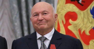 Умер бывший мэр Москвы Юрий Лужков Читайте подробнее: http://hub1news.com/%d1%83%d0%bc%d0%b5%d1%80-%d0%b1%d1%8b%d0%b2%d1%88%d0%b8%d0%b9-%d0%bc%d1%8d%d1%80-%d0%bc%d0%be%d1%81%d0%ba%d0%b2%d1%8b-%d1%8e%d1%80%d0%b8%d0%b9-%d0%bb%d1%83%d0%b6%d0%ba%d0%be%d0%b2/