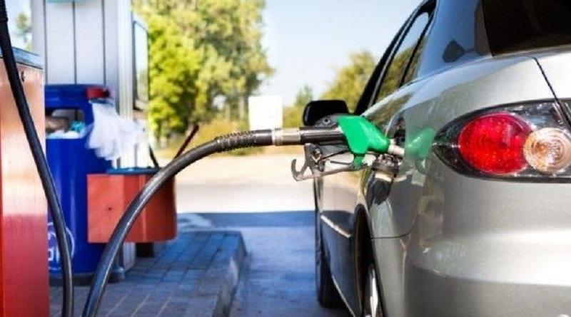 Цены на бензин и дизтопливо упали более чем на две гривны — эксперт Читайте подробнее: http://hub1news.com/%d1%86%d0%b5%d0%bd%d1%8b-%d0%bd%d0%b0-%d0%b1%d0%b5%d0%bd%d0%b7%d0%b8%d0%bd-%d0%b8-%d0%b4%d0%b8%d0%b7%d1%82%d0%be%d0%bf%d0%bb%d0%b8%d0%b2%d0%be-%d1%83%d0%bf%d0%b0%d0%bb%d0%b8-%d0%b1%d0%be%d0%bb%d0%b5/