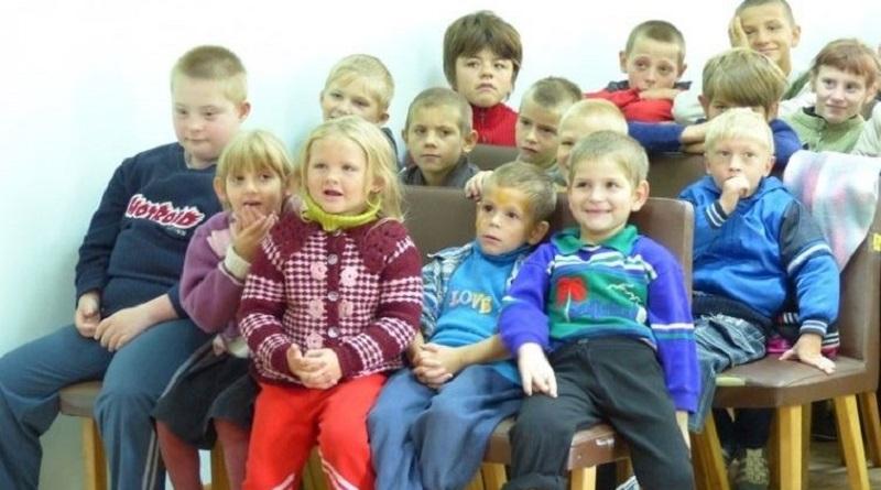 Детские дома в Украине закроют: реформа интернатов выходит на новый этап Читайте подробнее: http://hub1news.com/%d0%b4%d0%b5%d1%82%d1%81%d0%ba%d0%b8%d0%b5-%d0%b4%d0%be%d0%bc%d0%b0-%d0%b2-%d1%83%d0%ba%d1%80%d0%b0%d0%b8%d0%bd%d0%b5-%d0%b7%d0%b0%d0%ba%d1%80%d0%be%d1%8e%d1%82-%d1%80%d0%b5%d1%84%d0%be%d1%80%d0%bc/