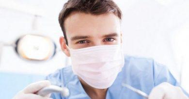 К апрелю в Украине уволят до тысячи зубных врачей Читайте подробнее: https://hub1news.com/%d0%ba-%d0%b0%d0%bf%d1%80%d0%b5%d0%bb%d1%8e-%d0%b2-%d1%83%d0%ba%d1%80%d0%b0%d0%b8%d0%bd%d0%b5-%d1%83%d0%b2%d0%be%d0%bb%d1%8f%d1%82-%d0%b4%d0%be-%d1%82%d1%8b%d1%81%d1%8f%d1%87%d0%b8-%d0%b7%d1%83%d0%b1/