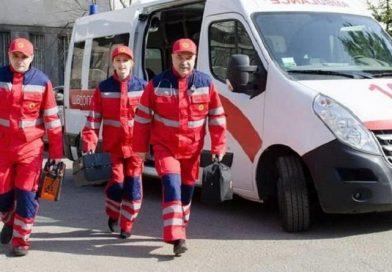 Вооруженная братва оцепила станцию скорой помощи в Черновцах