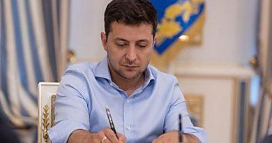 «Украинские специалисты получат неоценимый опыт»: Президент Зеленский подписал указ об отправке медиков в Италию Читайте подробнее: https://hub1news.com/%d1%83%d0%ba%d1%80%d0%b0%d0%b8%d0%bd%d1%81%d0%ba%d0%b8%d0%b5-%d1%81%d0%bf%d0%b5%d1%86%d0%b8%d0%b0%d0%bb%d0%b8%d1%81%d1%82%d1%8b-%d0%bf%d0%be%d0%bb%d1%83%d1%87%d0%b0%d1%82-%d0%bd%d0%b5%d0%be/