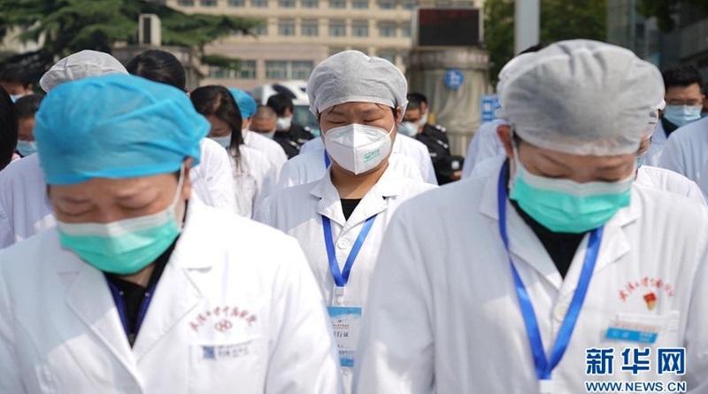 В Китае в День поминовения усопших провели общенациональный траур по умершим от коронавируса Читайте подробнее: https://hub1news.com/%d0%b2-%d0%ba%d0%b8%d1%82%d0%b0%d0%b5-%d0%b2-%d0%b4%d0%b5%d0%bd%d1%8c-%d0%bf%d0%be%d0%bc%d0%b8%d0%bd%d0%be%d0%b2%d0%b5%d0%bd%d0%b8%d1%8f-%d1%83%d1%81%d0%be%d0%bf%d1%88%d0%b8%d1%85-%d0%bf%d1%80%d0%be/