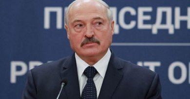 Экзит-пол: Лукашенко лидирует на выборах президента Беларуси