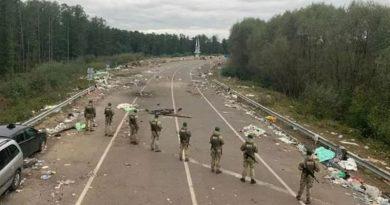 Хасиды ушли, горы мусора остались: что творится на украинской границе