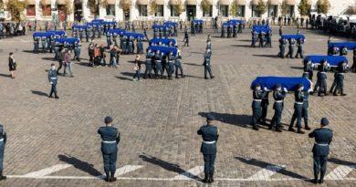 В Харькове прощаются с погибшими в Ан-26 офицерами и курсантами