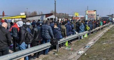 Чиновники взялись за украинских заробитчан: каждую копейку обложат налогами