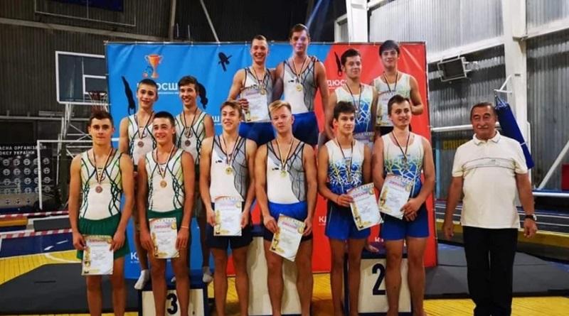 Николаевские акробаты завоевали призовые места на Кубке Украины