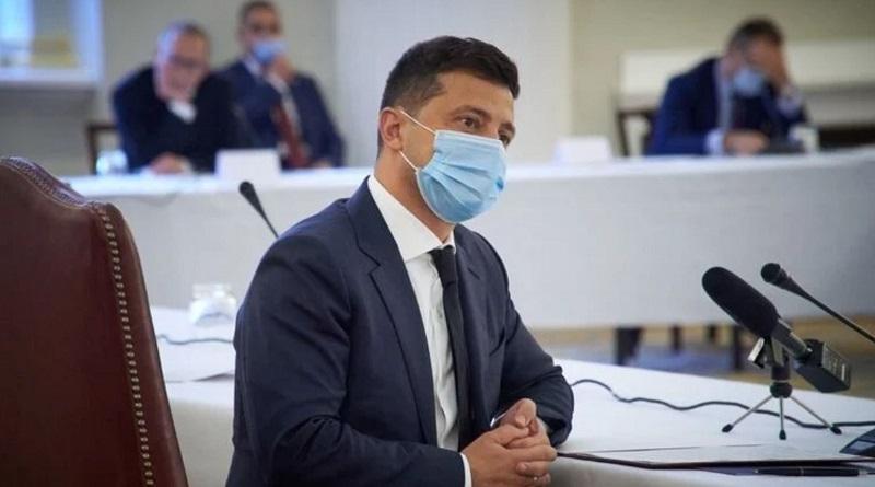 Зеленский подписал закон об онлайн-торговле лекарствами в розницу