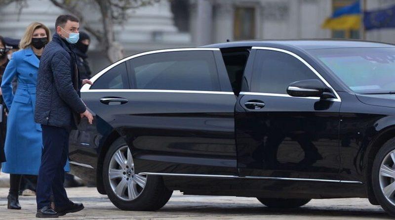 Жена Зеленского ездит на бронированном Mercedes со скоростью 114 км/час