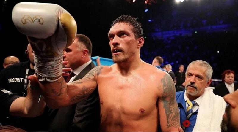 Украинский боксер Усик по решению судей победил британца Чисору