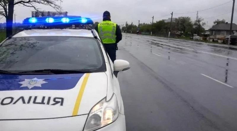 В Украине полицейским запретили останавливать автомобили «для профилактики»