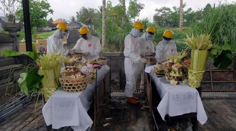 На острове Бали из-за локдауна и отсутствия туристов начался голод