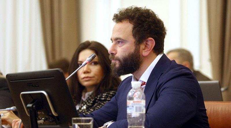 США ввели санкции против граждан Украины из-за вмешательства в выборы