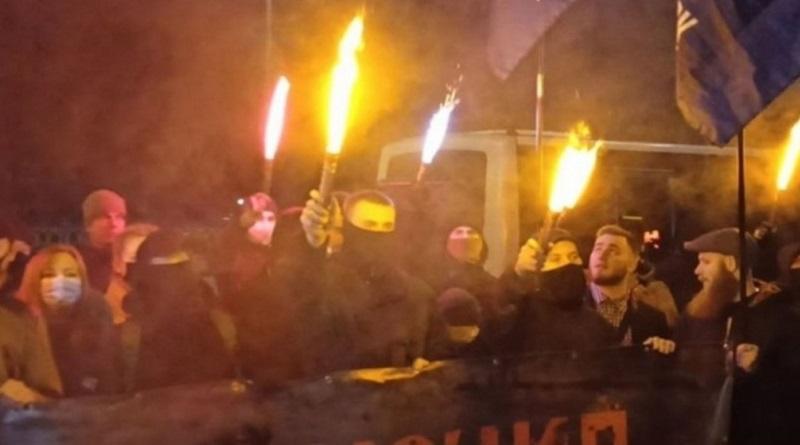 Польский посол назвал Бандеру идеологом преступления и ненависти