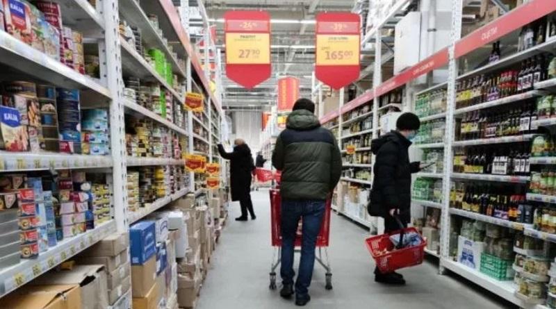 Эксперты объяснили, какие продукты не стоит покупать в супермаркете