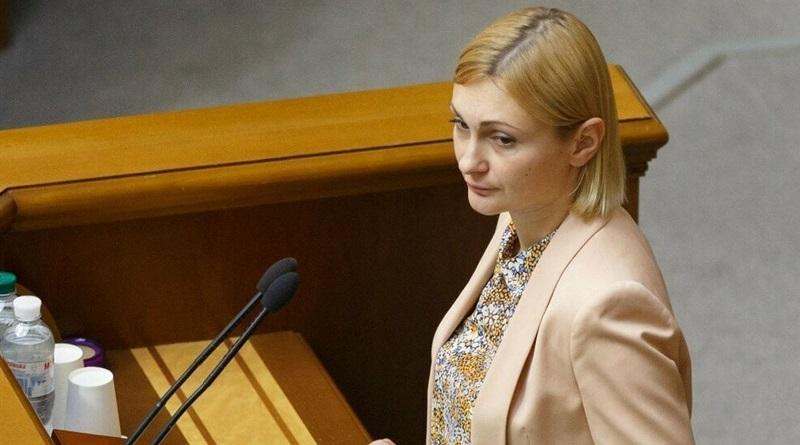 """В """"Слуге народа"""" анонсировали новый законопроект о СМИ"""