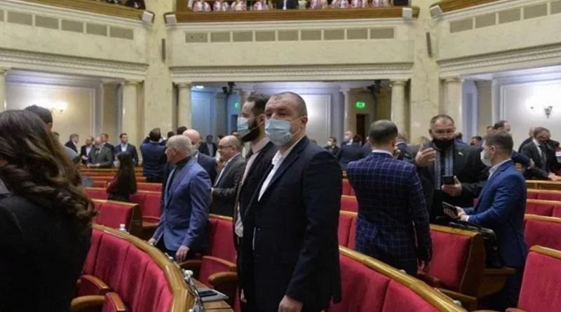 Рада одобрила отмену запрета на приватизацию крупных госпредприятий