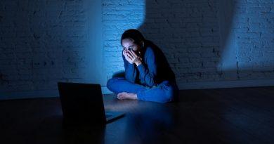 В Украине кураторами групп смерти оказались девочки-подростки