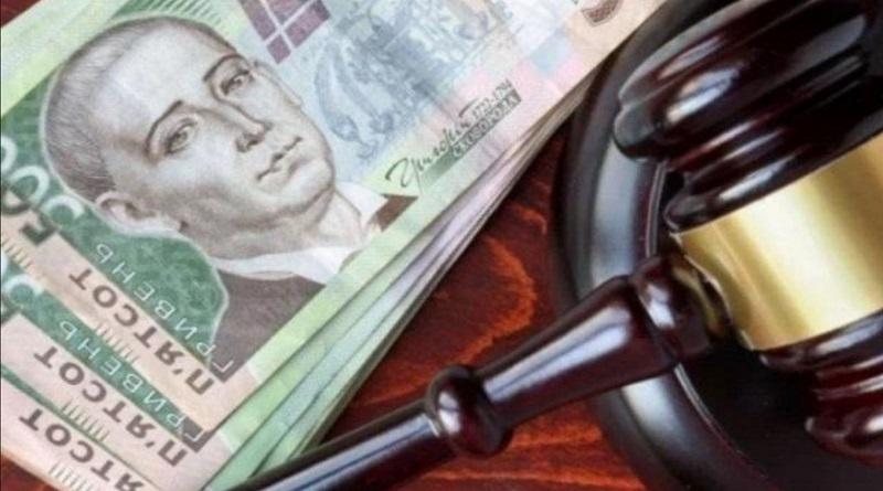 Банки начали взыскивать долги украинцев автоматически