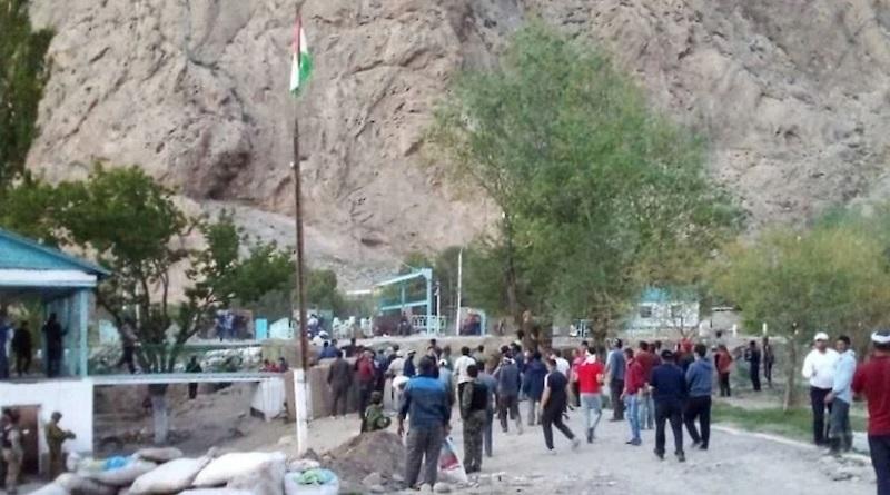 Вооруженный конфликт Таджикистана и Кыргызстана: все подробности. Видео.