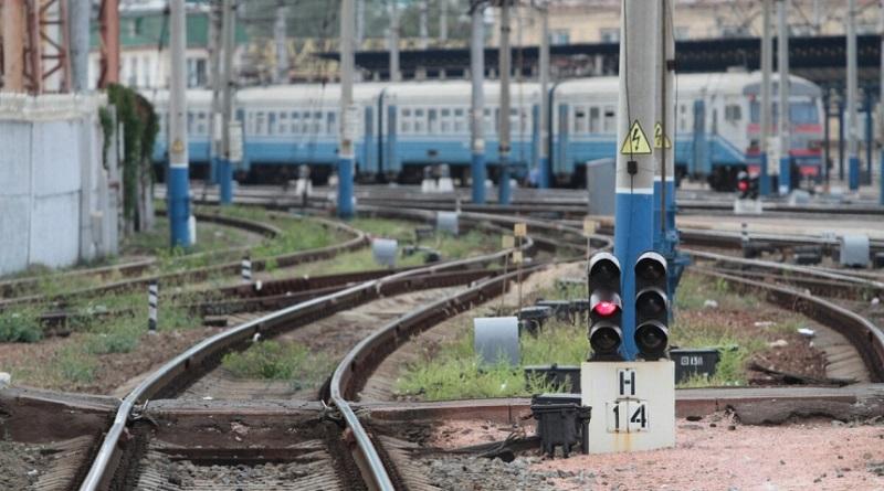В Одессе подросток получил 90% ожогов тела, делая селфи на крыше поезда