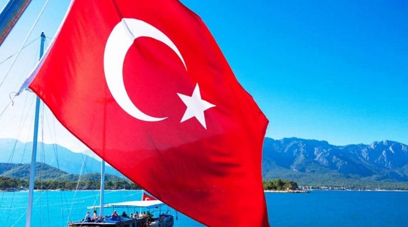 Турция с 4 июня меняет правила въезда: какие документы нужны украинцам