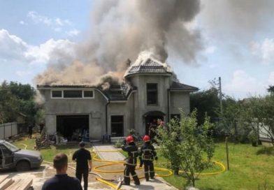 Появилось видео с моментом падения самолета на Прикарпатье