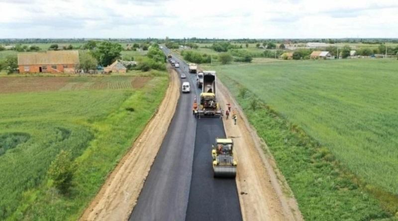 В правительстве назвали цену проезда по платным дорогам. Всего планируется построить шесть таких дорог