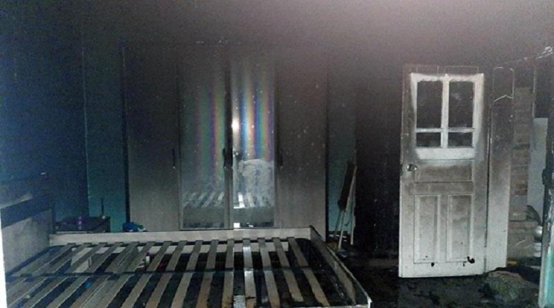 В Черновицкой области мужчина поджег дом с родной сестрой и 4-летней племянницей