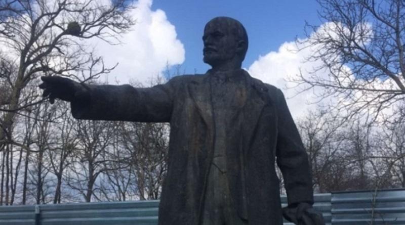 В Черкасской области мэрия продала через Prozorro памятник Ленину за 300 тысяч