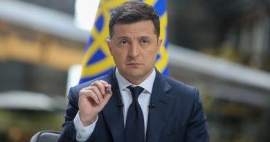 Зеленский призвал не осуждать людей, получивших российские паспорта в Крыму и на Донбассе