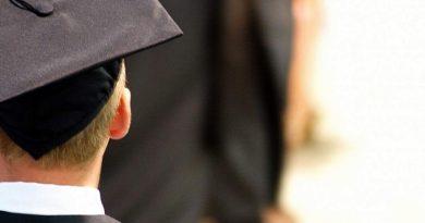 Бакалавров и магистров будут лишать дипломов за плагиат