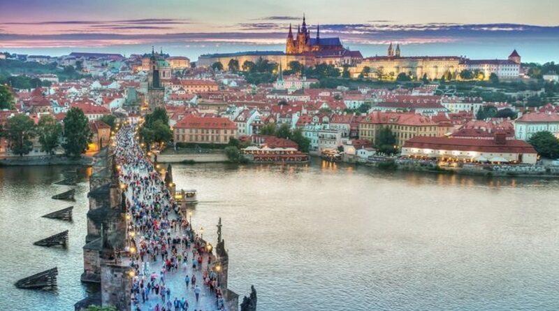 Украинский лоукостер запускает прямые рейсы в Прагу