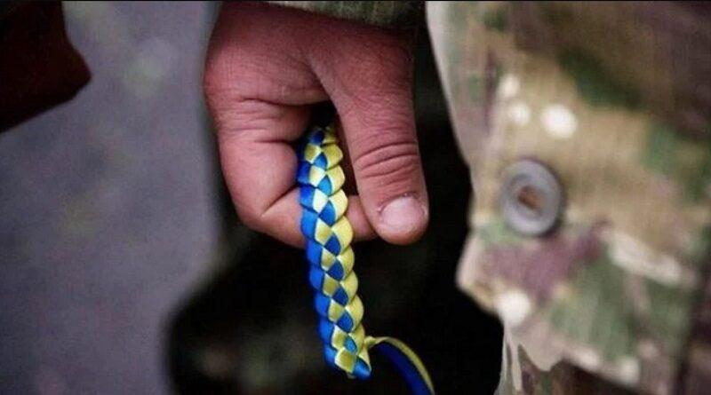 Запрет стрелять и абсурдные проверки: из ВСУ массово увольняются военные. Видео.