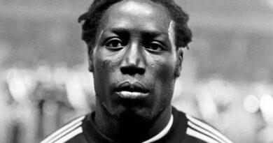 Умер французский футболист, который провел в коме 39 лет