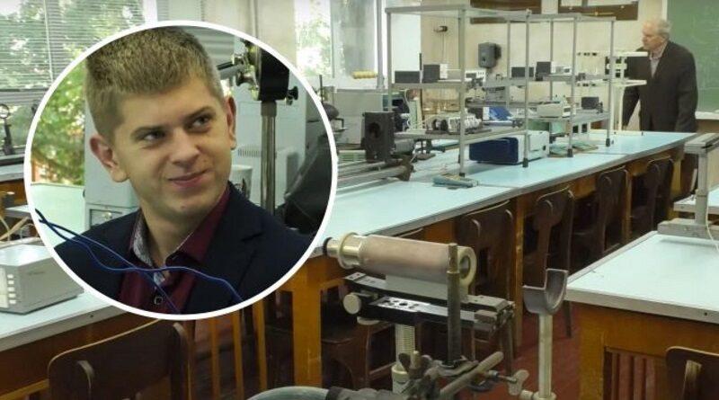 В украинском университете на учителя физики учится один студент: единственный на потоке. Видео.
