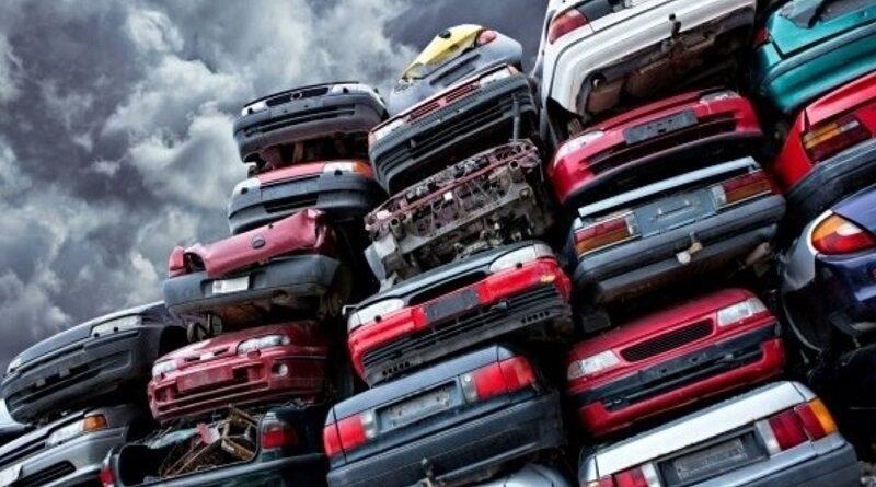В Украине хотят ввести утилизационный налог на подержанные авто: сколько придется платить