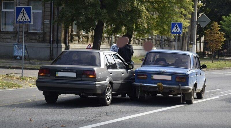 В Украине начнут штрафовать за езду на «механике»